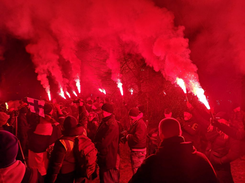 Flares lit at National Socialist rally in Helsinki on Finnish Independence Day, 6/12/18