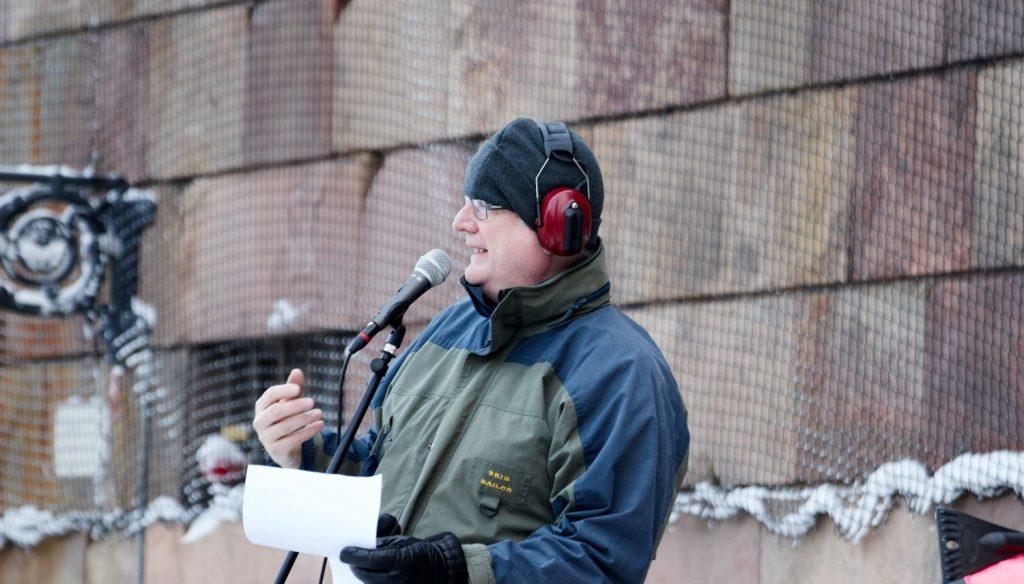 Dr Thomas Jackson speaks at Mynttorget demonstration in Stockholm