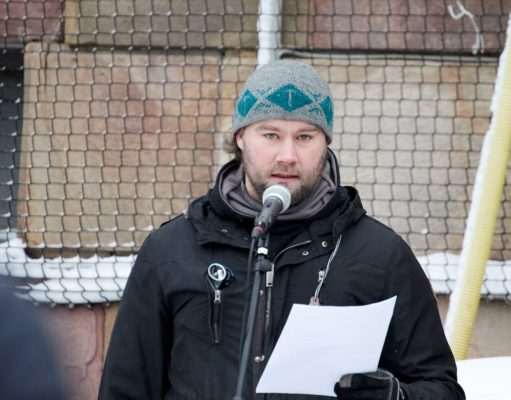 Pär Sjögren speaks against censorship and government persecution at public rally in Stockholm, Feb 2019
