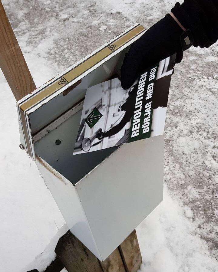 NRM leaflet being delivered in Umeå