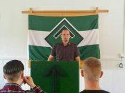 Simon Lindberg speaks at a Nest 3 meeting