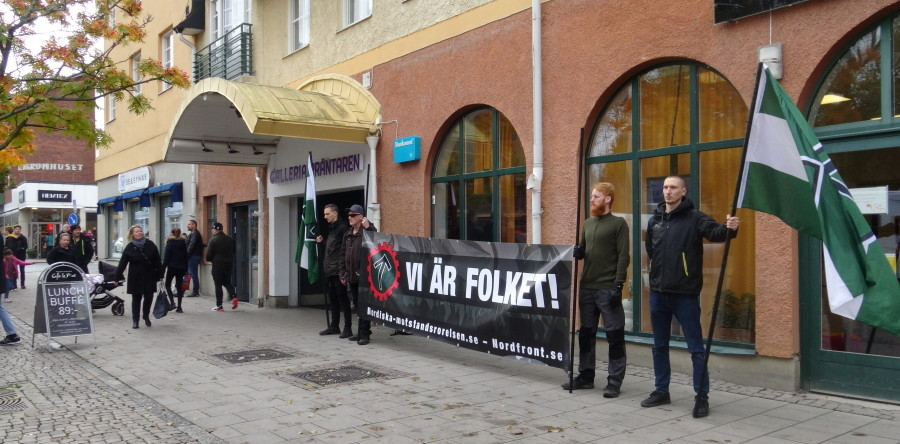 Nordic Resistance Movement activists at Strängnäs market