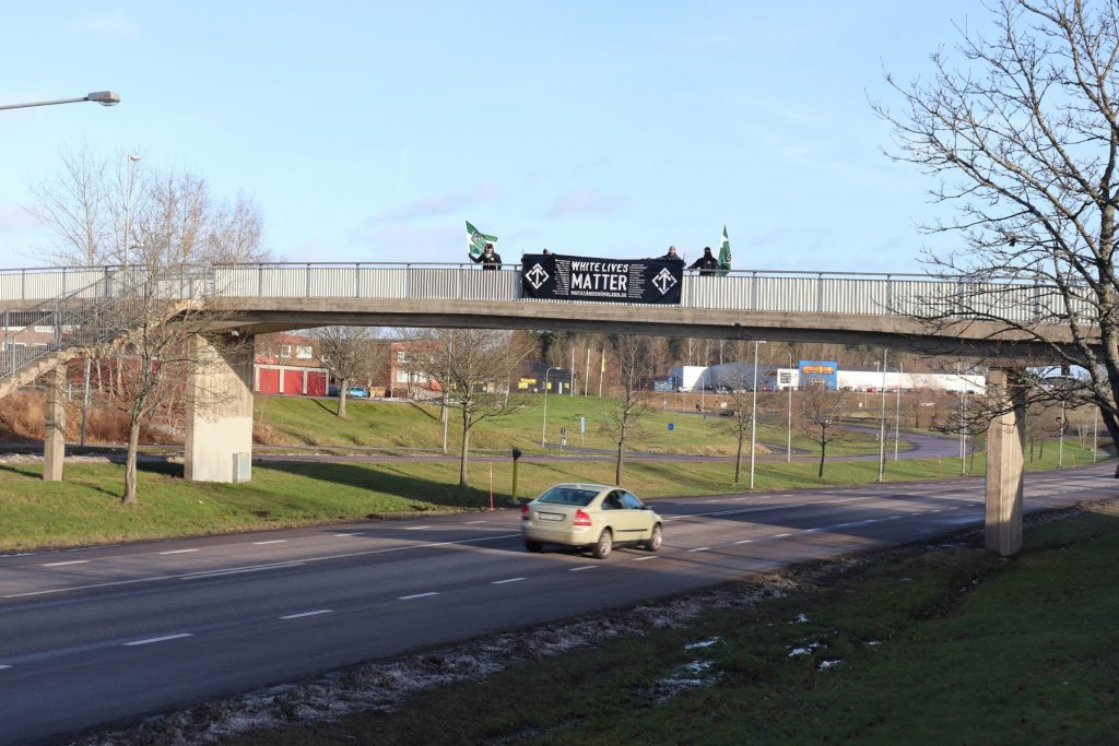 Nordic Resistance Movement banner action in Finspång