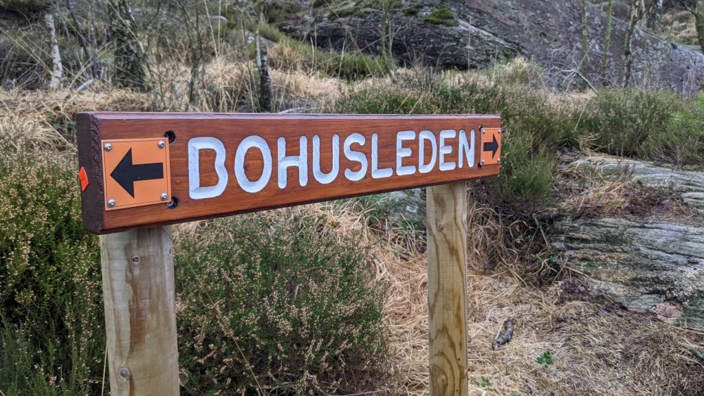 Sign for the Bohusleden walking trail, Sweden