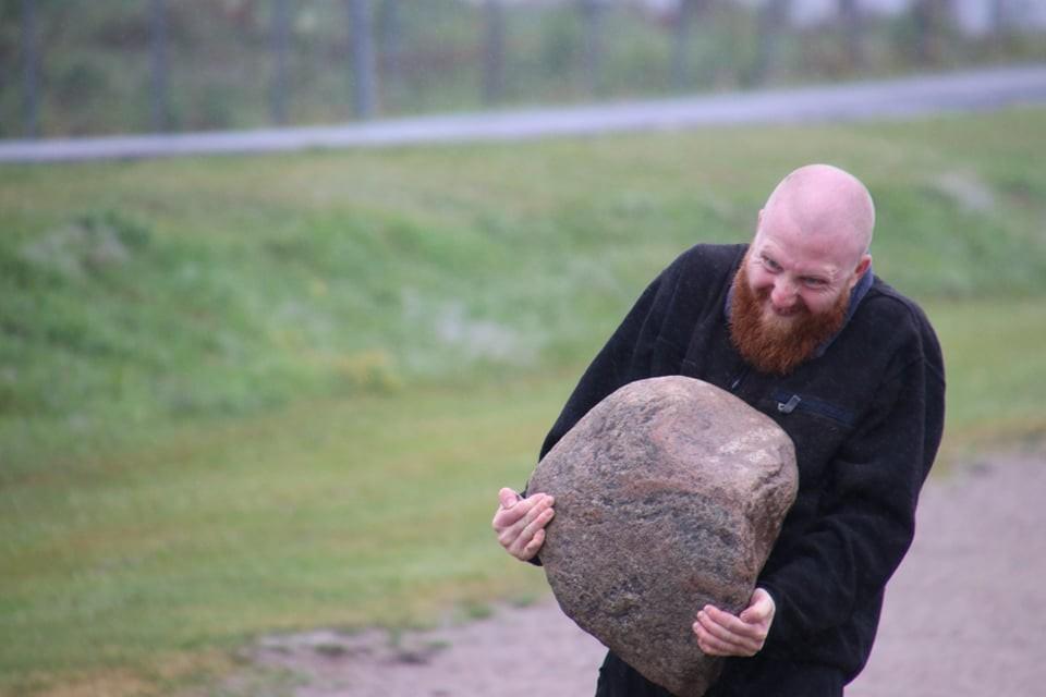 Stone-carrying training exercise