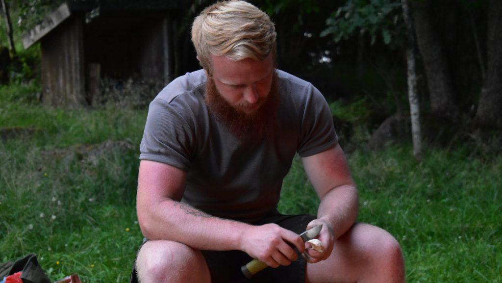 Whittling in Sweden's Nest 7
